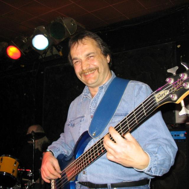 Grant  Zerkee