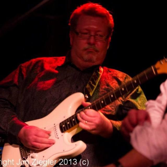 Guitarist-Bassist