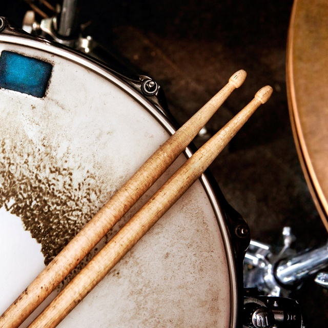 Drummer64